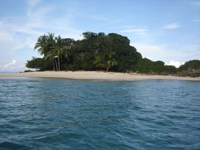 Parque-Natural-Coiba-agarrandomaletas
