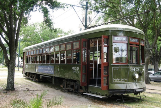 RTA_Streetcars-New_Orleans_Louisiana_agarrandomaletas