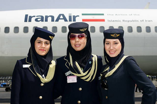iran_air_agarrandomaletas