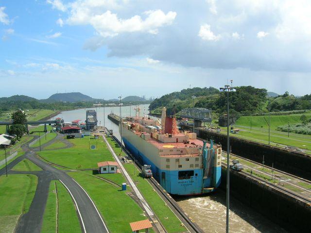 El centenario del Canal de Panamá, una oportunidad para descubrir playas y naturaleza