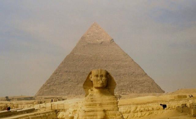 piramides-de-guiza_agarrandomaletas