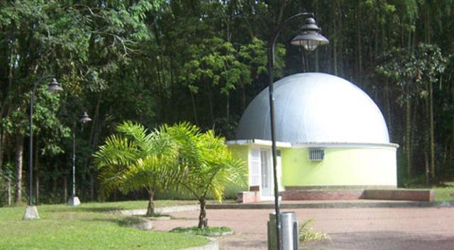 planetario_jardin_botanico_pereira_agarrandomaletas