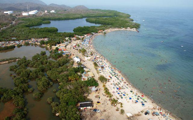 playa-los totumos_agarrandomaletas